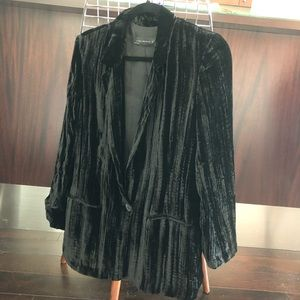 Black crushed velvet blazer